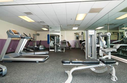 Burnham Park Plaza Fitness Center